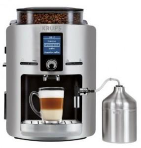 Kaffeevollautomat mit Milchbehälter Krups