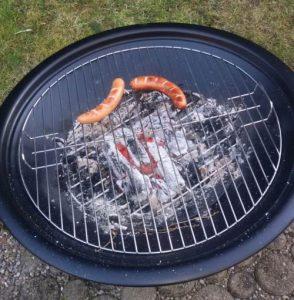 Feuerschale und Grill Kombination