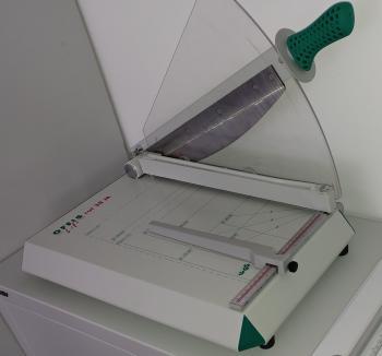 Papierschneidemaschine Test